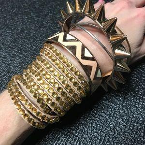 Gold spike bracelet only for macabralina